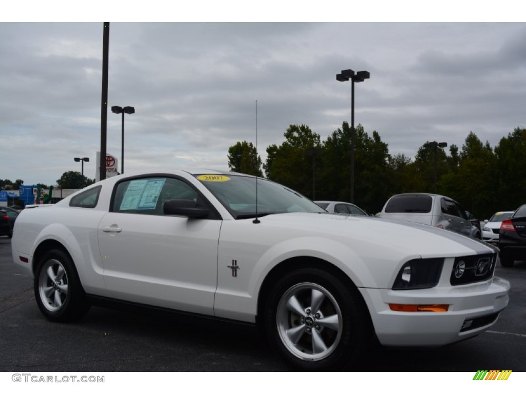 2007 Mustang V6 Premium Coupe - Performance White / Light Graphite photo #1