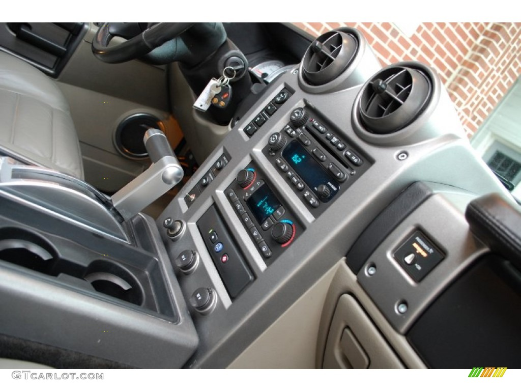 2003 Hummer H2 Suv Controls Photo 97654881