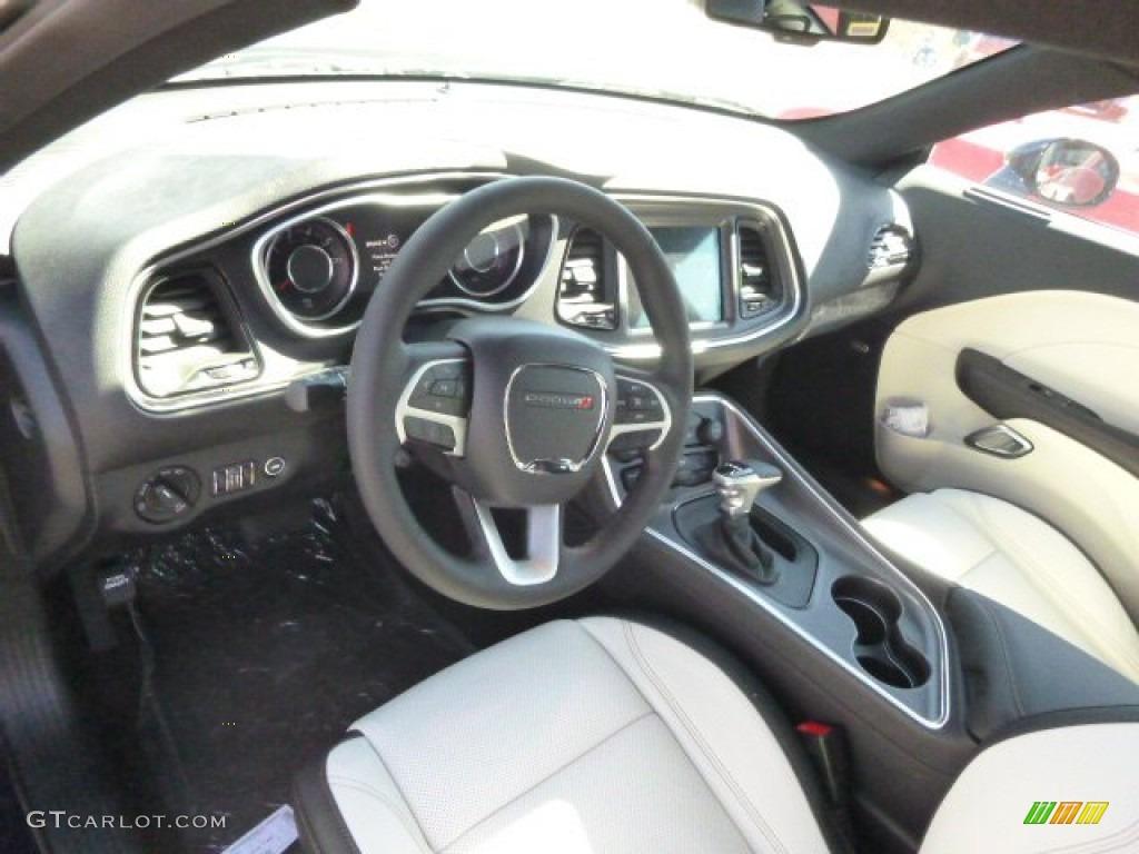 Black/Pearl Interior 2015 Dodge Challenger SXT Plus Photo ...