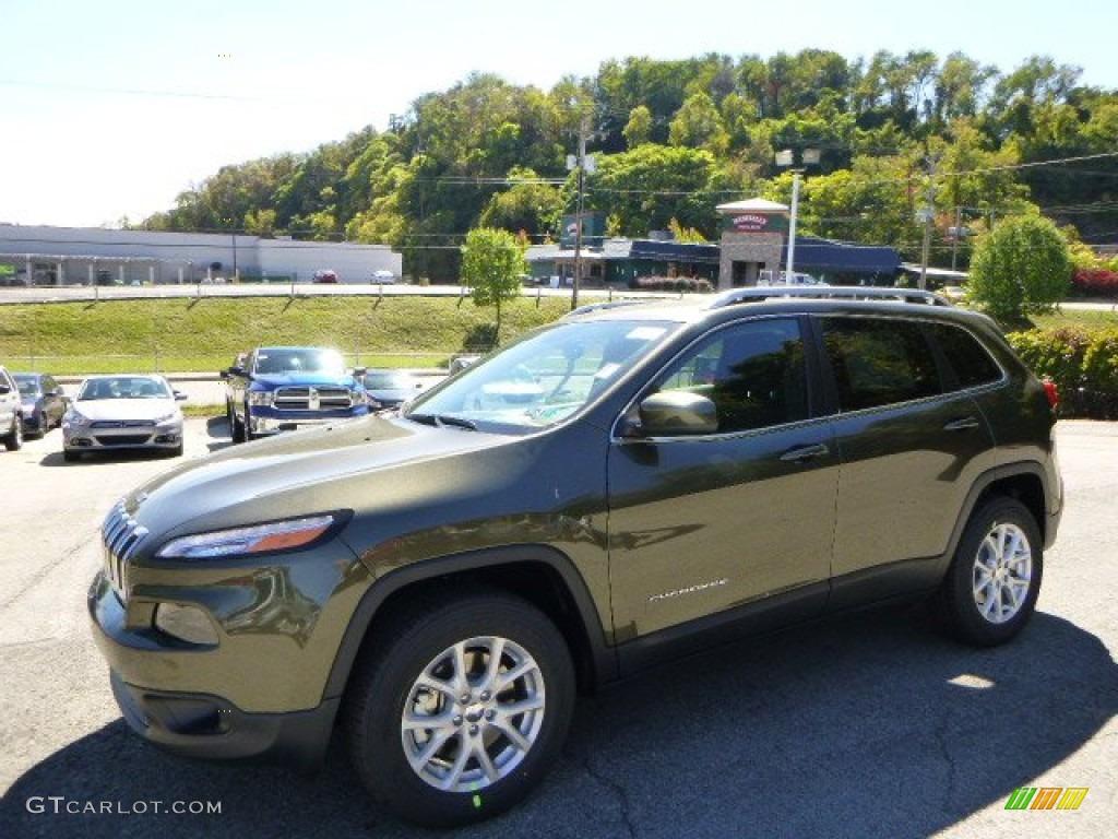 2015 Jeep Cherokee Latitude Green