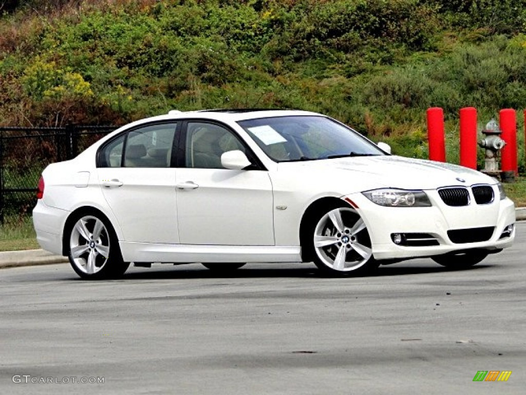 2013 bmw 3 series sport wagon interior male models picture