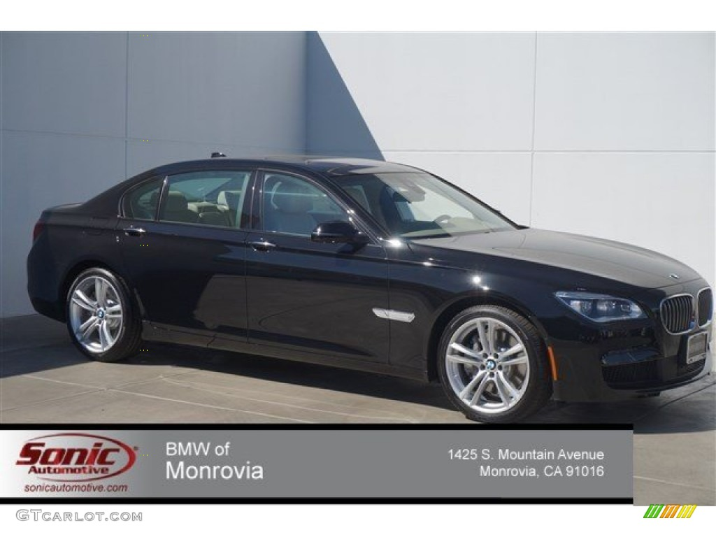 Jet Black BMW 7 Series