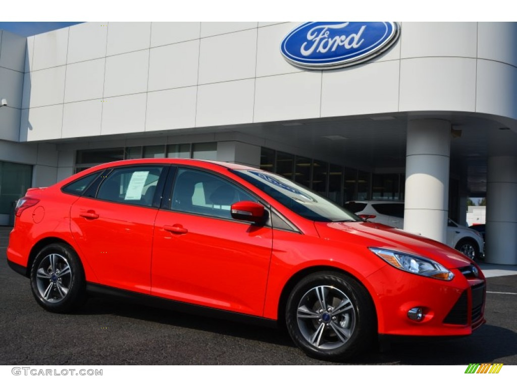 2014 Ford Focus Warranty >> 2014 Race Red Ford Focus SE Sedan #97824440 | GTCarLot.com - Car Color Galleries