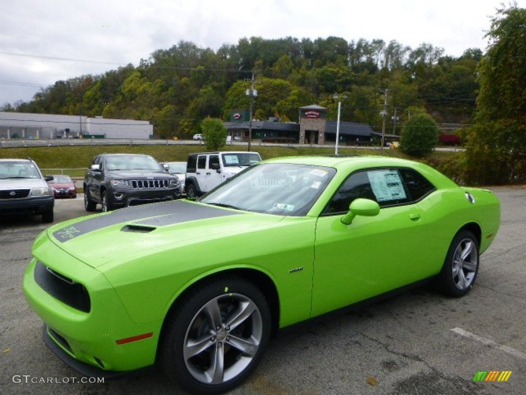 2015 challenger sxt sublime green pearl black photo 1