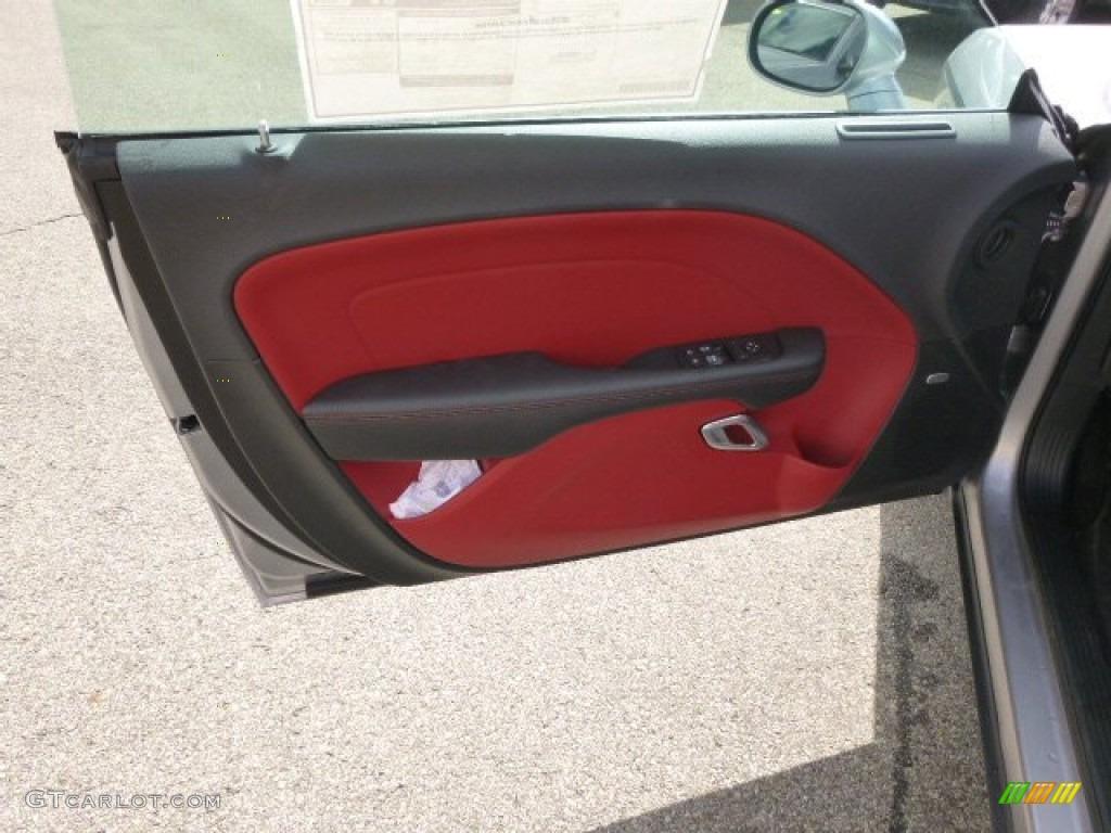 2015 Dodge Challenger SXT Plus Black/Ruby Red Door Panel Photo #98032333 & 2015 Dodge Challenger SXT Plus Black/Ruby Red Door Panel Photo ... pezcame.com