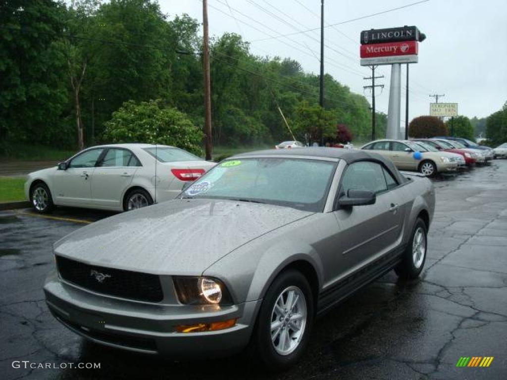 2008 Mustang V6 Deluxe Convertible Vapor Silver Metallic Light Graphite Photo 1