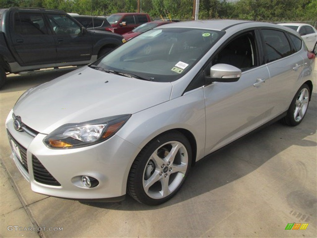 2014 ingot silver ford focus titanium hatchback 98766933 car color galleries. Black Bedroom Furniture Sets. Home Design Ideas