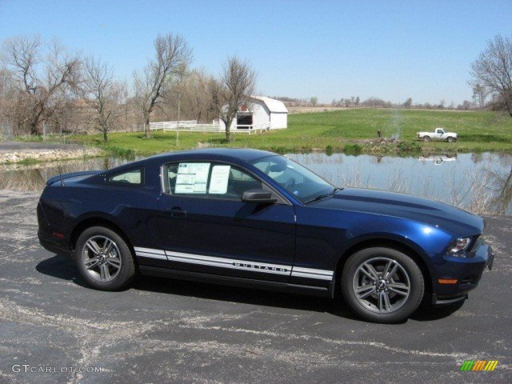 2010 kona blue metallic ford mustang v6 premium coupe. Black Bedroom Furniture Sets. Home Design Ideas
