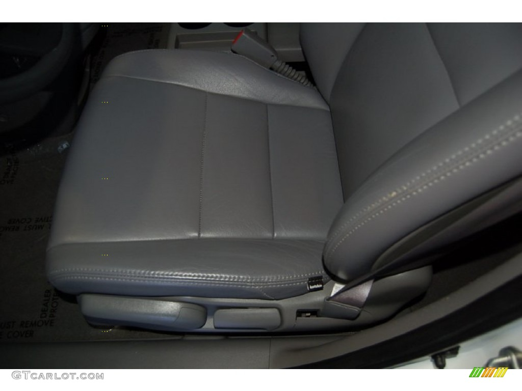 2011 CR-V LX - Taffeta White / Gray photo #14