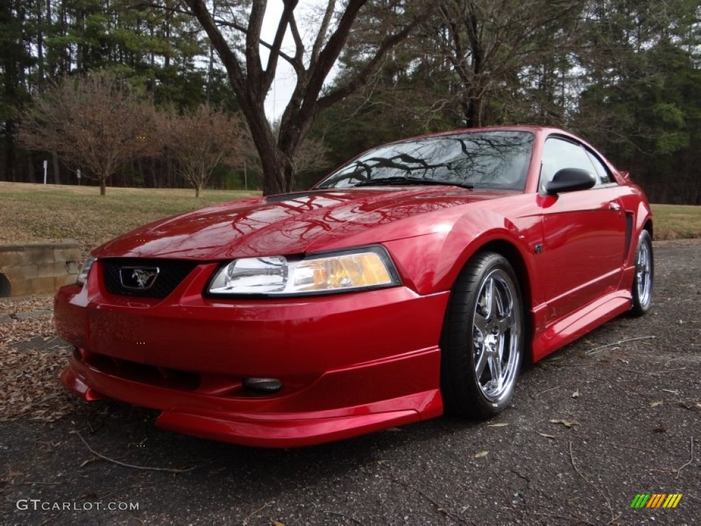 2000 Mustang GT Coupe - Laser Red Metallic / Medium Graphite photo #3
